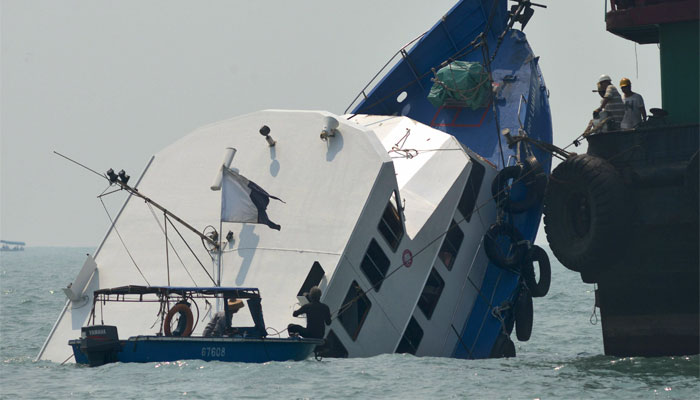 Hong Kong captain guilty of manslaughter over ferry tragedy
