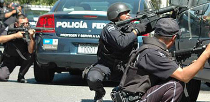 Mexico drug lord's arrest sparks gunfights, three dead