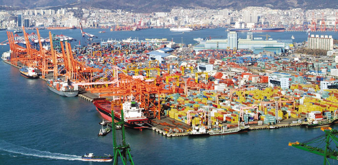 S Korea Sept exports fall but domestic demand stays up