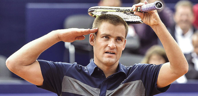 Youzhny eases into Gstaad defence with opening win