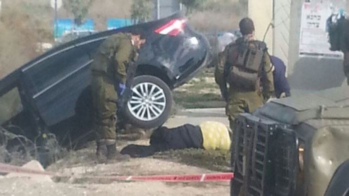Two Palestinian attackers killed as civilians intervene