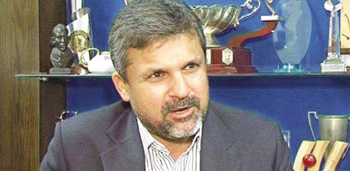 Pak selector Moin Khan criticised for casino visit