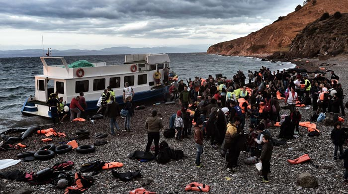 18 migrants drown off Turkey in latest refugee tragedy
