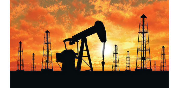 Oil, metal prices fall on soaring dollar and China woes