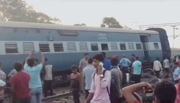 Uttar Pradesh train derailment 1