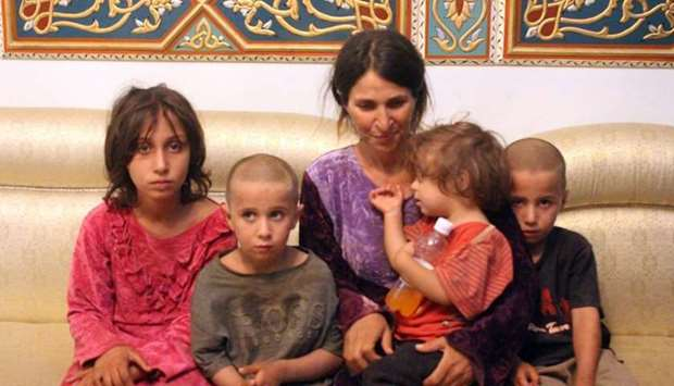 A woman and four children among the six released of 27 Druze hostages held by the Islamic State (IS)