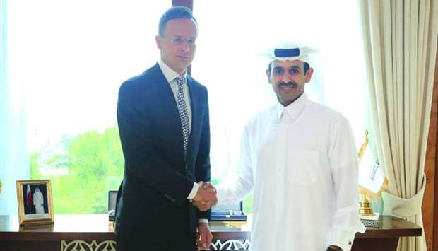 Al-Kaabi discusses energy ties with Hungarian Minister
