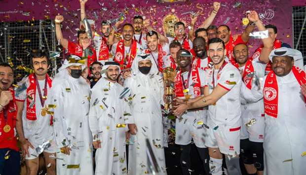 HE Sheikh Joaan bin Hamad al-Thani, President of Qatar Olympic Committee presents the Amir Cup volle