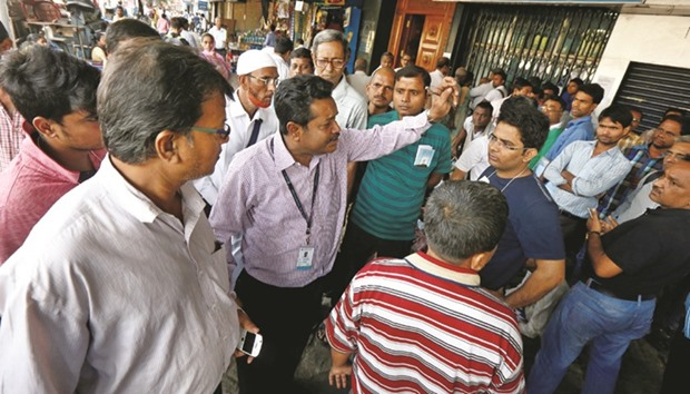 No let up in cash rush on day 9 of demonetisation