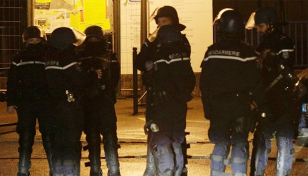 Custody extended for 5 suspects in French attack plot case