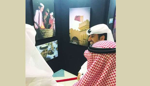 CNA-Q has opened an art exhibition.