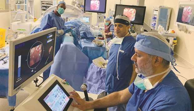 A team of surgeons has performed the first kidney stone treatment procedure using the Roboflex surgi