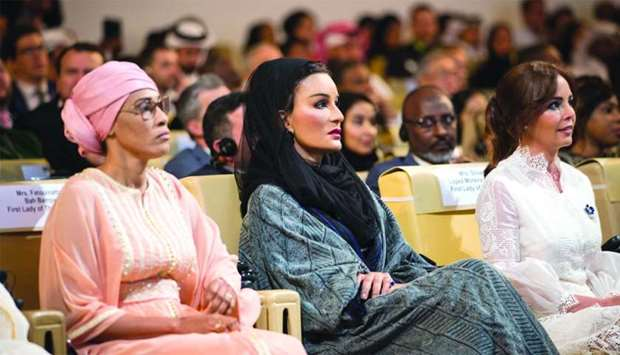 Her Highness Sheikha Moza bint Nasser, Chairperson of Education Above All with the First Lady of Par