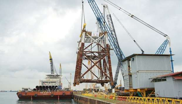 Qatar Petroleum announces load out of first two jackets for North Field expansion project