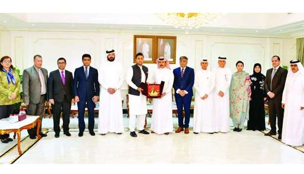 Sayed Zulfikar Abbas Bukhari with Qatari and Pakistani officials.