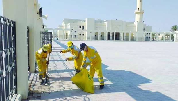 Mosque cleaning intensified for rain prayers