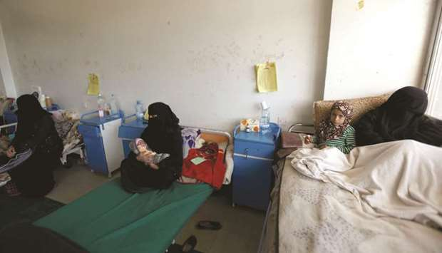 UN hopes imports will help stave off famine in Yemen as diphtheria spreads