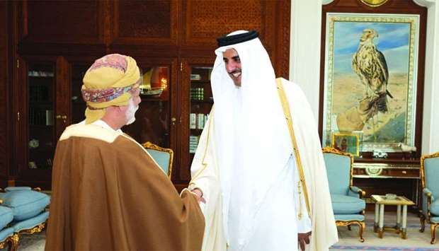 Amir meets Omani Foreign Minister