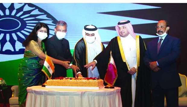 Indian ambassador Dr Deepak Mittal and his wife Dr Alpana Mittal are joined by Qatar's Minister of C