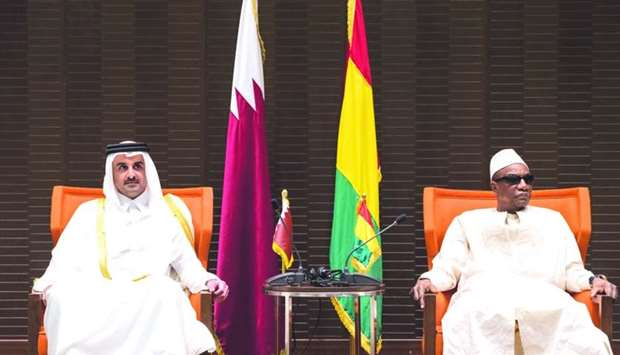 His Highness the Emir Sheikh Tamim bin Hamad al-Thani holding talks with President of Guinea Alpha C