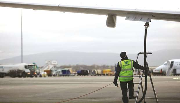 Airlines' fuel bill will rise to $200bn next year despite falling prices: IATA