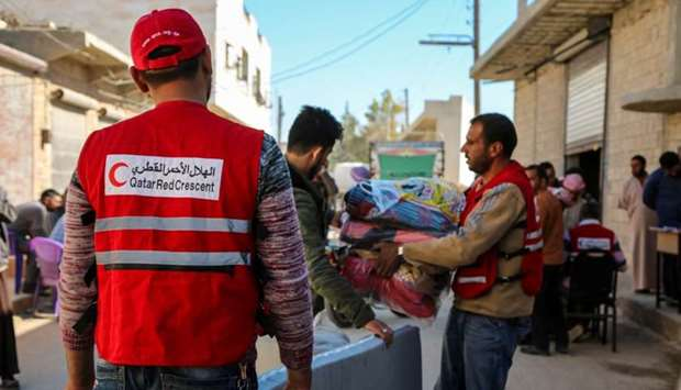Mattresses & blankets being distributed among the displaced people in northern Syria