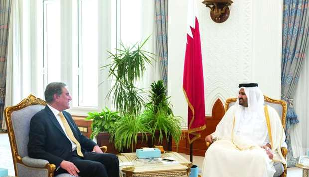 His Highness the Amir Sheikh Tamim bin Hamad al-Thani on Sunday received a verbal message from Pakis