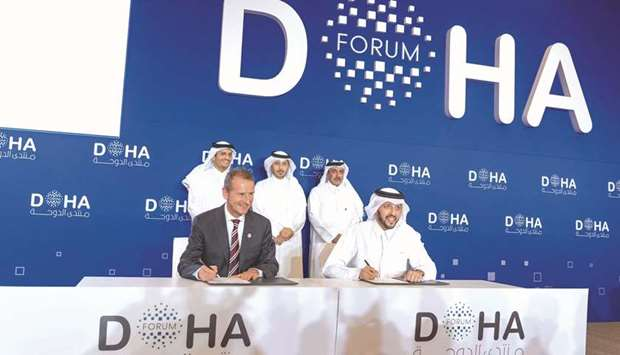 PM attends signing of pact between QIA, Volkswagen