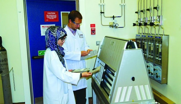 Dr Patrik Sobolciak and Haneen Abdelrazeq engaged in the research