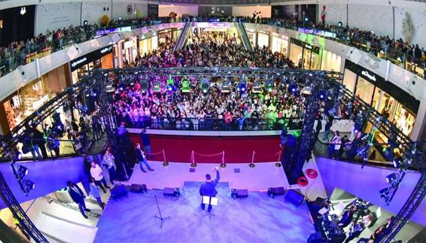 Crowds enjoying the Ramy Ayach concert at Doha Festival City.