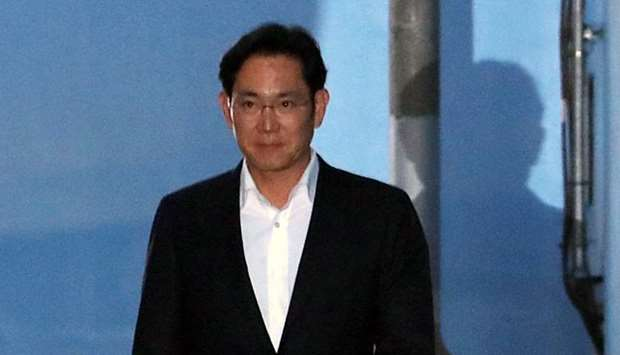 Samsung Electronics Vice Chairman, Jay Y. Lee leaves a court in Seoul