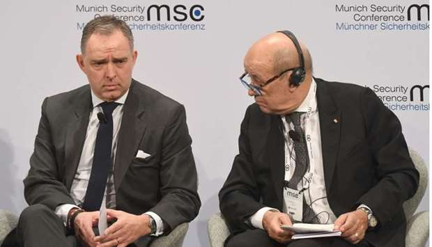 British National Security Adviser to the Prime Minister Mark Sedwill (L) and French Foreign Minister