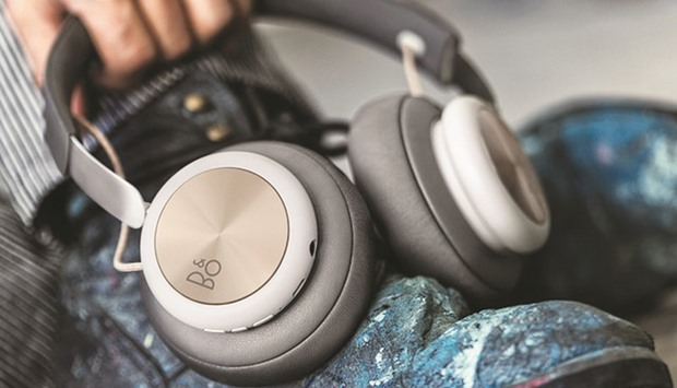 BeoPlay H4 wireless headphone.