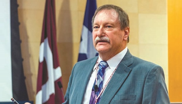 Tamuq hosts chemistry expert for lecture series