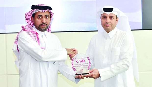 HE the Minister of Education and Higher Education Dr Mohamed Abdul Wahed Ali al-Hammadi receives fro