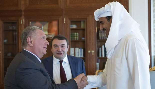 Amir receives Putin message