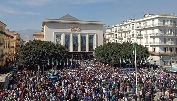 Algerians hold anti-Bouteflika demo in Geneva