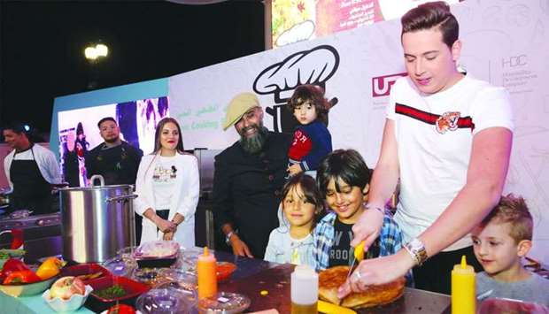 Hundreds throng The Pearl-Qatar's live cooking show