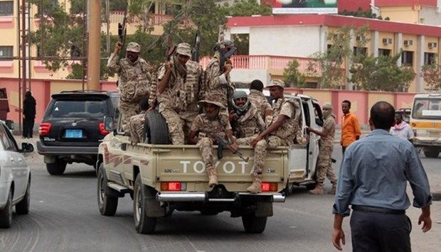 Pro-Hadi troops patrol the streets of Aden