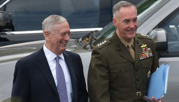 US Defense Secretary James Mattis (L) and Chairman of the Joint Chiefs of Staff Joseph Dunford