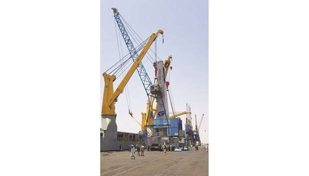 Sudan port receives tugboats and container cranes from Mwani Qatar