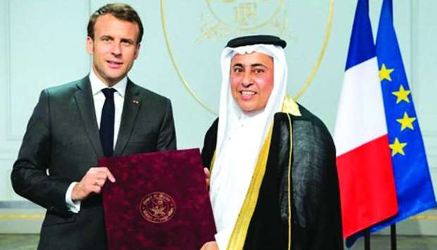 Macron receives envoy's credentials