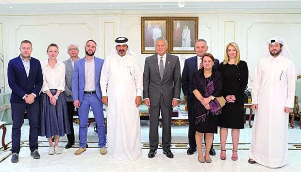 Qatar Chamber first vice-chairman Mohamed bin Towar al-Kuwari receiving a delegation of journalists