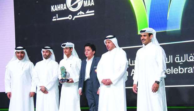 Some of the winners with HE the Prime Minister and Interior Minister Sheikh Abdullah bin Nasser bin