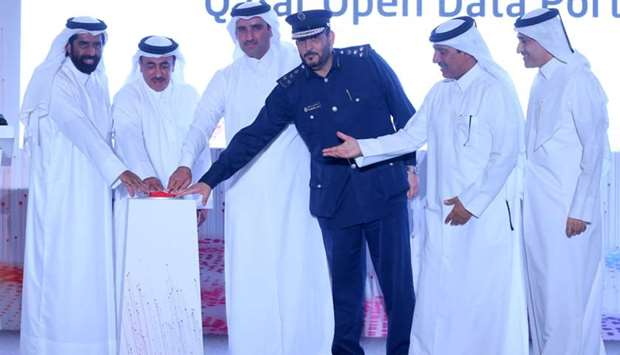 HE the Minister of Transport and Communications Jassim Saif Ahmed al-Sulaiti launches the portal tog