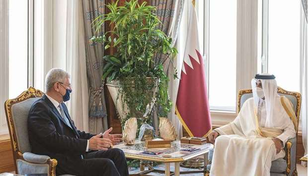 The meeting dealt with reviewing co-operation between Qatar and the United Nations and ways to enhan