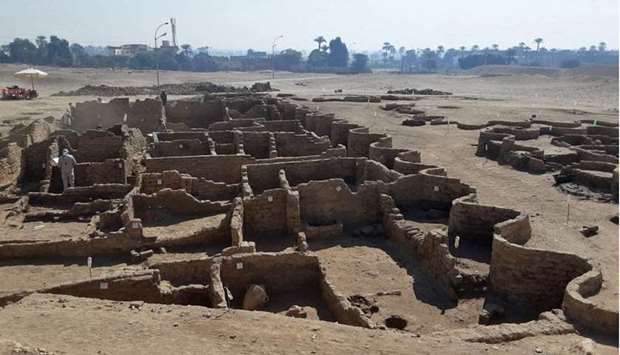 Egyptian Ministry of Antiquities shows the remains of a 3000 year old city, dubbed The Rise of Aten,