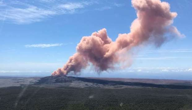 An ash plume rises above the Kilauea volcano on Hawaii's Big Island. AFP PHOTO / US Geological Surve
