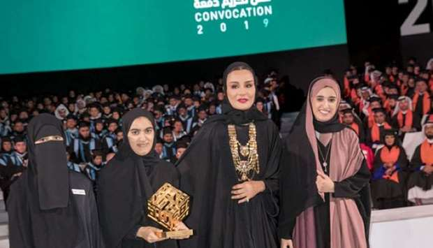 Her Highness Sheikha Moza bint Nasser, Chairperson of Qatar Foundation, awarded students Nawal al-Ku
