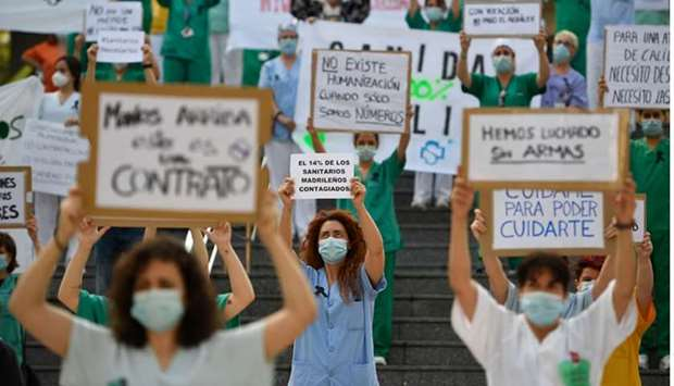10 days of mourning for virus victims in Spain